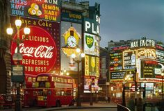 Picadilly London Calling, Times Square, Piccadilly Circus, Paris City, Coca Cola, New York, Broadway Shows, Quebec City, Inspiring Photography