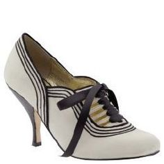 Dolce Vita Beatrice Oxford pumps; (I don't normally like heels, but I would so wear these:) )