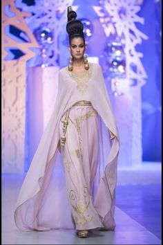 Zareena- Fashion Forward Season 4 | Style.com/Arabia