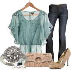 Another style of top that is very flattering to those of us who don't have skinny arms!