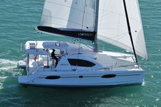 Leopard 39 | Leopard Catamarans US
