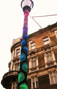 wonderful crochet yarn-bombed light pole