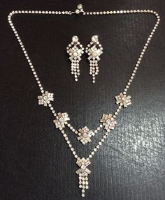 VINTAGE Silver Tone Rhinestone Lairet Necklace, Earrings Set Fashion Jewelry  #Unbranded