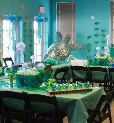 An Ocean Themed Birthday Party Turtle Birthday Parties, Turtle Party, 13th Birthday, Birthday Ideas, Birthday Party Invitations, Birthday Party Decorations, Ocean Party, Glow Party, Kindergarten Learning