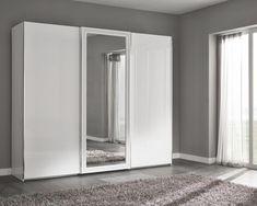 Лучший Дизайн спальни в современном стиле (125+ Фото) - Белые шторы/обои/шкаф. Как не переборщить с выбором?