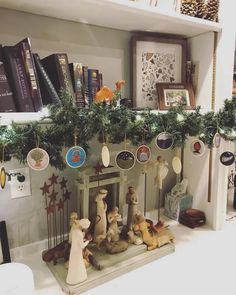 6 Adorable Ways to Display your Jesse Tree – Intentional Traditions Minimalist Christmas, Simple Christmas, Winter Christmas, Christmas Crafts, Christmas Ideas, Christmas 2019, Xmas, Christmas Light Displays, Christmas Lights