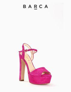 #Sandalo #tacco 120 con plateaux 4 cm, fondo gomma e soletto in vera pelle, morbida tomaia in #camoscio con punta squadrata e tallone aperto, cinturino sulla caviglia regolabile.  COMPOSIZIONE FONDO GOMMA, SOLETTO VERA PELLE  COLORE #FUXIA  MATERIALE #CAMOSCIO  #shoes #heels #sandali #tacchi #springsummer #newcollection #nuovacollezione #fashion #fashionblogger
