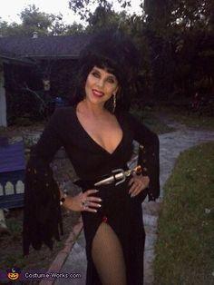 Elvira - Halloween Costume Contest