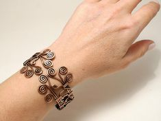 This Wire Wrapped Copper Bracelet it bring you good luck and I hope you enjoy it for years to come. You will feel beautiful, amazing and perfect. Because these are the most often used adjectives from thousands of happy customers. This copper cuff bracelet is basically adjustable and will