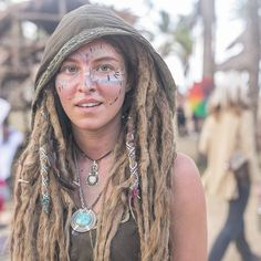 another kind of wow White Girl Dreads, Dreads Girl, Pretty Dreads, Beautiful Dreadlocks, Dreadlock Hairstyles, Messy Hairstyles, Natural Dreads, Dreadlock Extensions, Gypsy Women