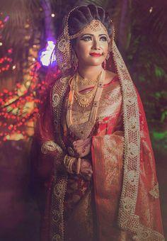 Indian Wedding Couple Photography, Indian Wedding Photos, Indian Wedding Jewelry, Bridal Photography, Bridal Jewellery, Indian Bridal, Wedding Sarees, Bridal Wedding Dresses, Bridal Outfits