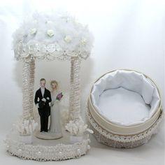Gazebo Wedding cake topper box with vintage ceramic cake topper