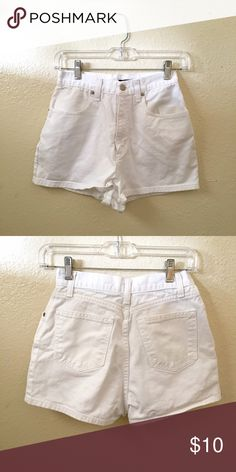 "High Waisted White J. Crew Shorts White Vintage J.Crew Shorts• Great Condition• Size 4• High Waisted• Inseam 2""• 100% Cotton J. Crew Shorts Jean Shorts"