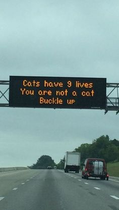 New Funny Memes Sarcastic Hilarious Humor Laughing Ideas Funny Texts, Funny Jokes, Hilarious Quotes, Memes Humor, Funny Shit, Funny Stuff, Funny Road Signs, Look At You, Super Funny