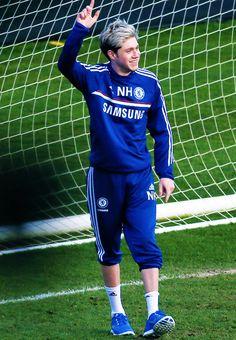Football niall <3