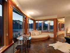 Amazing ocean view property on Howe Sound