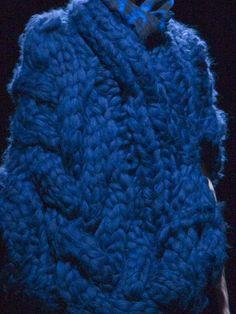 Sweater detail.  Johan Ku, Autumn/Winter 2012. - huge cables