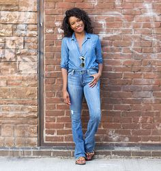 ELLE tells you how to rock a Canadian Tuxedo Canadian Tuxedo, Save The Day, Mom Jeans, Denim Fashion, Stylish, How To Wear, Pants, Rock, Women