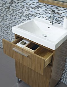 "Fairmont Designs Metropolitan 21"" Vanity & Sink Set - Teak"