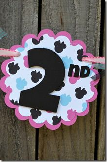 Minnie Mouse Birthday Banner - Scalloped circle Pink & Blue Colors