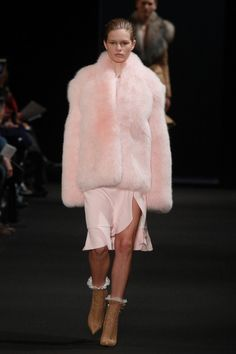 Pin for Later: Germany's Next Topmodel ganz ohne Casting-Show Altuzarra Herbst/Winter 2015