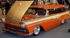 '57 Ford Custom Wagon