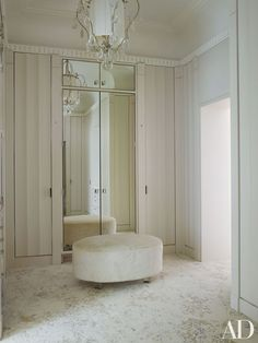Timothy Haynes and Kevin Roberts: fluted panels in the dressing room of a London mansion Mansions, House Design, Room Design, London Mansion, Walk In Closet Design, Luxurious Bedrooms, House Interior, Closet Designs, Dressing Room Design
