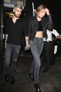 Gigi Hadid & Zayn Malik Hold Hands in New Photos!: Photo Gigi Hadid and Zayn Malik hold hands while leaving their favorite spot, The Nice Guy, on Saturday night (November in West Hollywood, Calif. The rumored new… Style Gigi Hadid, Gigi Hadid And Zayn Malik, Valentine's Day Outfit, Outfit Of The Day, Celebrity Couples, Celebrity Style, Moda Fashion, Fashion Trends, Jeans Fashion