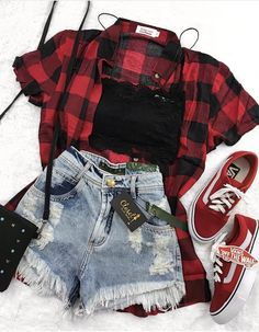 Teen fashion, You can collect images you discovered organize them, add your own ideas to your collections and share with other people. Teen Fashion Outfits, Edgy Outfits, Mode Outfits, Cute Casual Outfits, Grunge Outfits, Cute Fashion, Outfits For Teens, Fall Outfits, Plaid Outfits