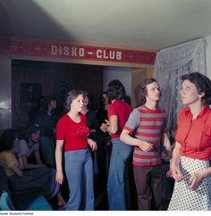 kuenstlichewelten:  Disko Club - DDR 1976