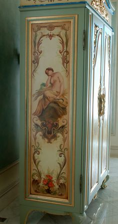 Merveilleux Handpainted U0027french Armoireu0027 With Goldleaf Gilding, Panels Feature Bathing  Figures Hand Painted U0027french Armoireu0027 With Goldleaf Gilding, Panels  Featuring ...