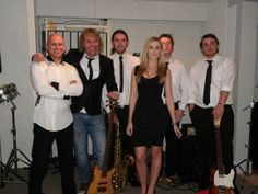 Kansas Avenue is the ultimate party band for weddings, social occasions, parties and events in the North West. 5 or 6 piece band playing good music for all. Booking TODAY on +44 161 374 5398