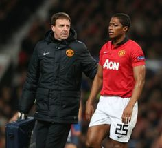 Antonio Valencia takes a huge hit to the eye, but remains in for most of the game!