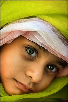 s i n l e s s by bnilesh, via Flickr ~ what a marvellous take. Depicts innocence, purity, original beauty...and those eyes, ohh the eyes, tell the story of a world I want to live. Such depth beholding the universe.