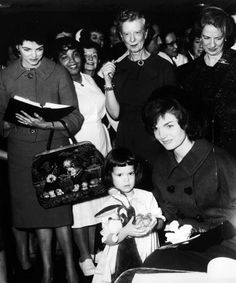 Jacqueline visiting a children's hospital, December 1961.
