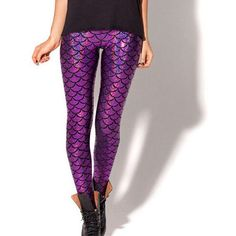 Enjoy standout style in our unique fish scale mermaid printed leggings. These ankle-length beauties were crafted from a blend of cotton and microfiber that provides flexibility and comfort as you run