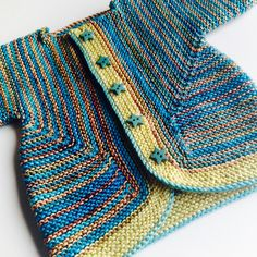 Ravelry: Biscotte's Baby Surprise Jacket