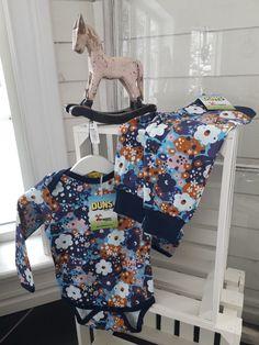 Solbacka Stil - Ekologiska barnkläder från Duns. Baby Car Seats, Children, Velvet, Boys, Kids, Sons, Kids Part, Infant Car Seats, Kid