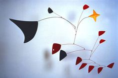 For January our in-class creative artists are expanding their exploration of sculpture with Alexander Calder.  Calder was inspired by balance and unity in the world around us.  He paid close attent…