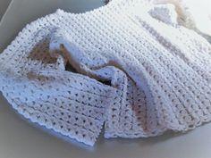 Sweater crocheted/Perforated white wool sweater/Maglione bianco traforato all'uncinetto/Maglione moda lana/Maglia artigianale bianca di lana di Athiss su Etsy