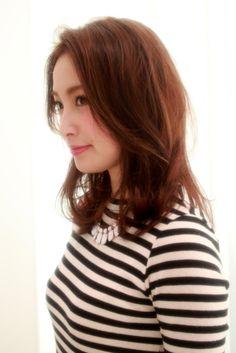 【MAHALOA lani】medium style | MAHALOA lani(マハロアラニ)のヘアスタイル・髪型・ヘアカタログ - 楽天ビューティ