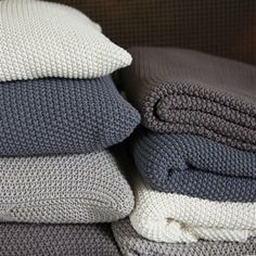 These lovely, extremely soft and cosy, moss stitch cotton throws are incredibly tactile. Great blanket knitted from cotton with a loose stitch kn Knitted Cushions, Knitted Blankets, Textiles, Crochet Home, Knit Crochet, Knitting Projects, Crochet Projects, Knitting Patterns, Crafts
