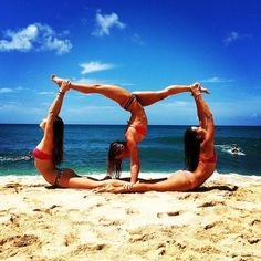 Gymnastics on the beach pictures, photos, and images for fac Gymnastics Pictures, Dance Pictures, Cool Pictures, Beach Gymnastics, Acro Yoga Poses, Dance Poses, Photos Bff, Beach Photos, Friend Beach Pictures