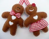 So cute! I could do something like this with brown sweater? These for sale on Etsy at Devonly Crafts