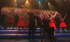 """TV Episode Review - Glee ditches the """"Props"""" for """"Nationals"""" - TheTvKing.com"""