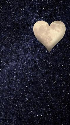 This is how I saw the moon today. - This is how I saw the moon today. I Love Heart, Happy Heart, My Love, Heart Pics, Heart Pictures, Happy Smile, Heart In Nature, Heart Art, Heart Wallpaper
