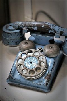 vintage, antique, telephone, blue More is part of Vintage phones - Kyoto, Everything Is Blue, Vintage Phones, Blue Aesthetic, Something Blue, Color Azul, Vintage Diy, Shabby Vintage, Vintage Table