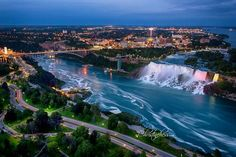 Niagara Falls by Christine Hess Photography.