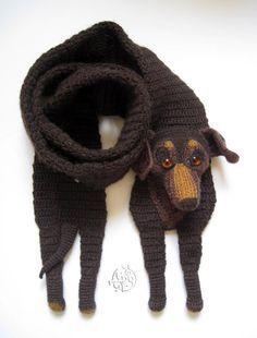 Bilderesultater for free crochet dog scarf pattern Crochet Gloves, Crochet Poncho, Crochet Scarves, Crochet Baby, Crochet Gratis, Free Crochet, Knitting Patterns, Crochet Patterns, Cowl Patterns