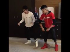 Erick Brian Colon y Dayron Pozo bailando Guachineo - YouTube Brian Colon, Youtube, Polo Ralph Lauren, Guys, My Love, Princess, Random, Cool Names, Amor